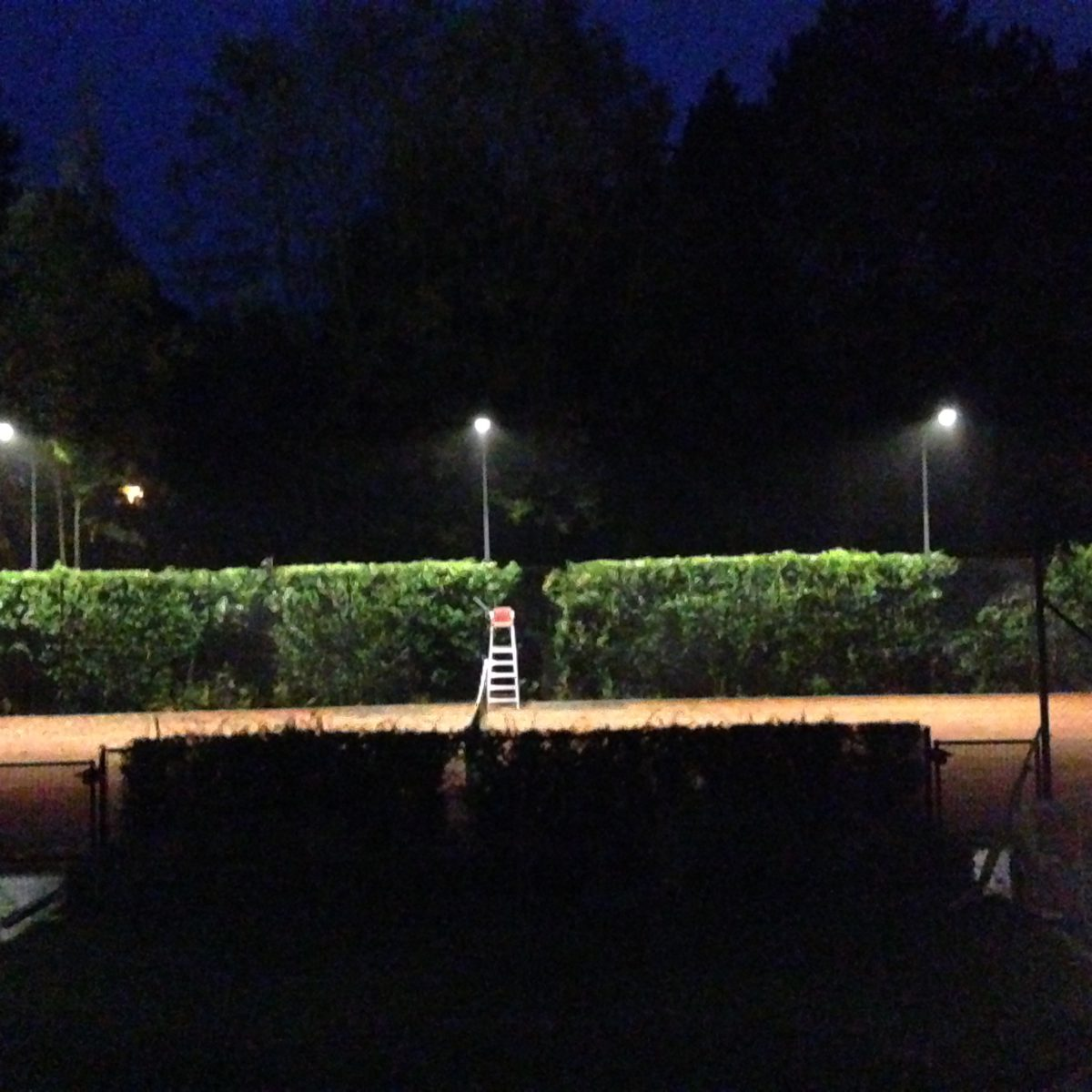 tuin en tennisbaan Waterloo